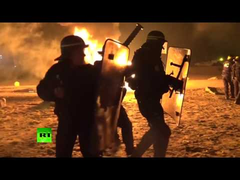 Unrest, fires lit in Calais 'Jungle' camp ahead of its demolition