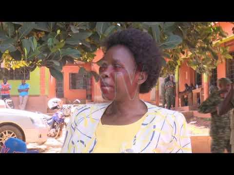 EMMERE YAFFE NNUNGI: Minisita Nabakooba asambazze ebyogerwa