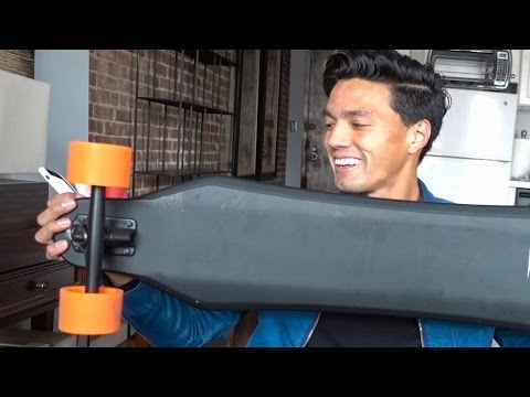 WORLD'S LIGHTEST ELECTRIC SKATEBOARD!!