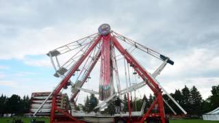Watch as Ferris wheel goes up at Jefferson County Fair