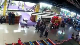 Начало пожара в Кемерово, ТЦ  Зимняя Вишня. 2018
