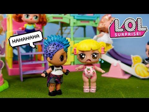LOL Punk Boi Le Hace Bullying a la Bebe Goldie - Rutina de Primer Dia de Escuela