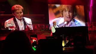 Barry Manilow Sings MANDY and I WRITE THE SONGS - Jacksonville, FL - 2/18/2018