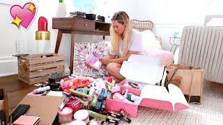 Organizing My Makeup! AlishaMarieVlogs