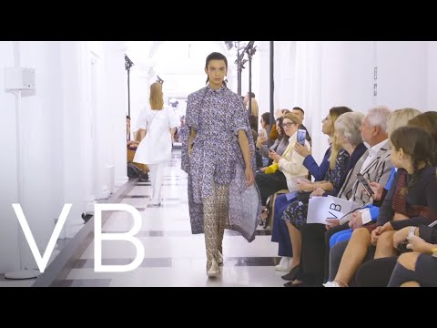 , title : 'Victoria Beckham Spring Summer 2019 Presentation, London Fashion week.'