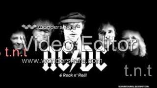 AC-DC las 5 mejores canciones de rock (back in black, t.n.t, etc)