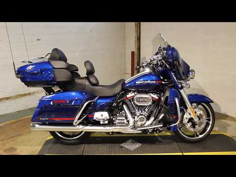 2020 Harley-Davidson CVO™ Limited in New London, Connecticut - Video 1