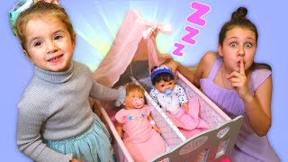 Sleeping Time! Pretend Play with newborn dolls from hospital