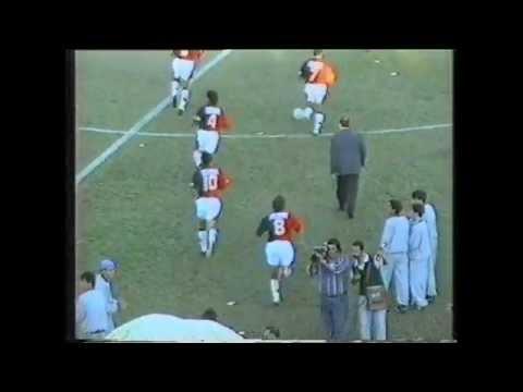 """""""Hinchada Sabalera / Clasico / Nacional B 1994/95"""" Barra: Los de Siempre • Club: Colón"""