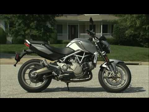 MotorWeek Two Wheelin': Aprilia Mana 850
