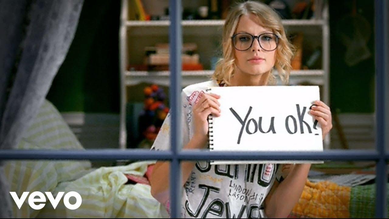 Taylor Swift - You Belong With Me Screenshot Download