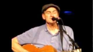 Lighthouse / Country Road - James Taylor (Madrid, La Riviera 07.05.12)