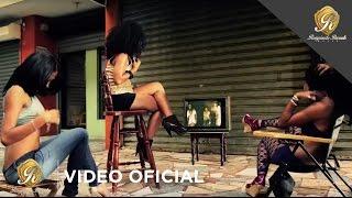 La Materialista - Echame Agua (Official Vídeo)