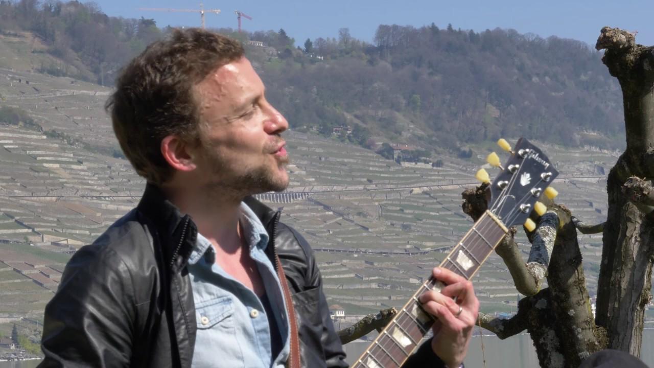 Capture d'écran de la vidéo Concert insolite – Simon Gerber & Sophie Noir