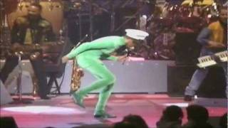 Whitney Houston (LIVE) 'Who Do You Love'