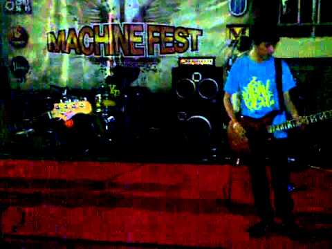 TEARS AT NIGHT - BERBEDA (DIRINYA BERBEDA) LIVE AT MERCU BUANA (MACHINE FEST)