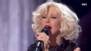 Christina Aguilera - Genie In A Bottle (VH1 Storytellers) 2010 HD.mp4