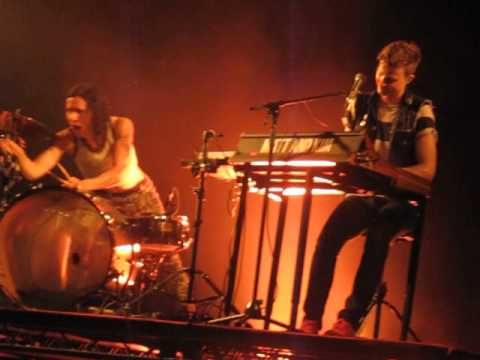 Matt & Kim - Daylight (Live @ Heaven, London, 28/05/15)