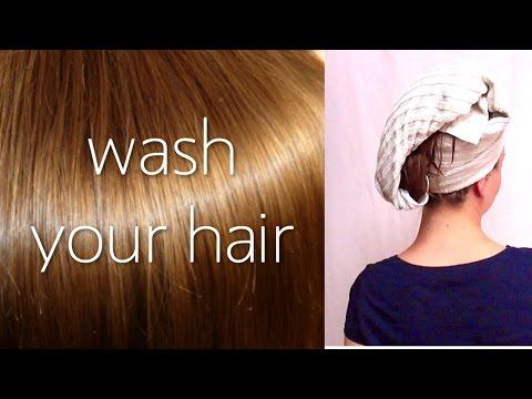 Die Volksmittel gegen die Kopfschuppen des Haares