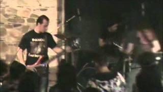 kindergarden-dig up her bones (misfits cover live)