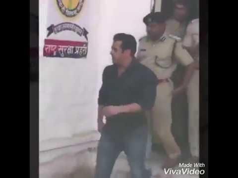 Salman Khan in jodhpur central jail l buck case