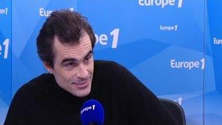 L'absurde Naît De La Confrontation Entre L'appel Humain Et Le Silence Déraisonnable Du Monde.