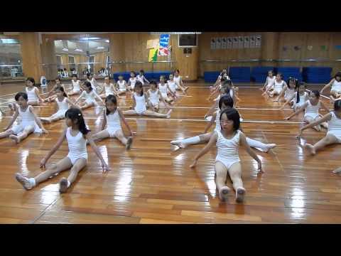 04 Oct.2013 國小實驗課程舞蹈班(中年級)上課花絮 Part.1
