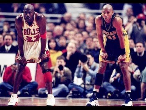 Michael Jordan schools Reggie Miller