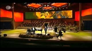 Miserere (Live). Luciano Pavarotti & Bono (HD)