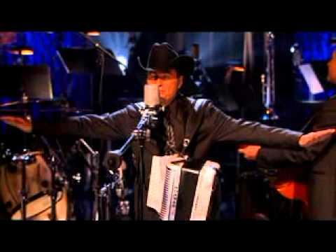 Contrabando y Traición - Los Tigres del Norte (MTV Unplugged) 2/12