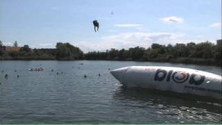 preview picture of video 'Ö3-Blobbing Tour @ Ozean in Guntramsdorf - Blobber 01491'