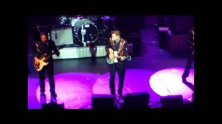 Chris Isaak - Lonely With A Broken Heart - Red Bank, NJ 7/20/10