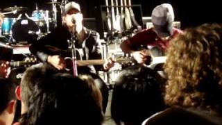 pillar live acoustic