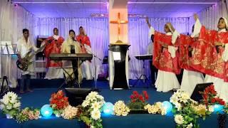 WAY MAKER Sinach   Tamil Version (Cover) | Sis Sharon Kings  Worship