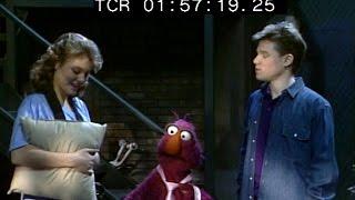 Classic Sesame Street - Preparing For A Concert
