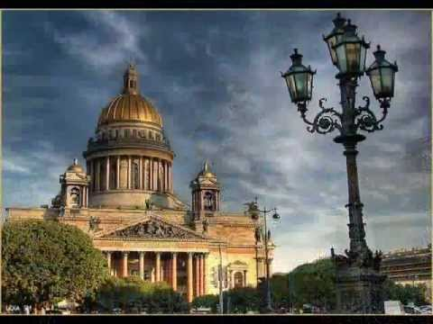 Санкт-Петербург, гордая белая птица