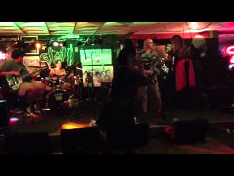 Sans Nomenclature at Uncle Eddie's Salisbury Beach 8/3/2013