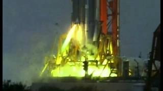 Смотреть онлайн Взрыв огромной космической ракеты