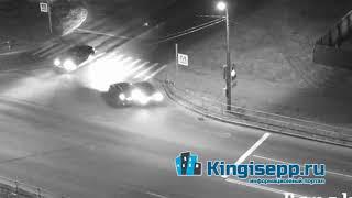 Идиотизм крепчает. Видео момента ночного ДТП в Кингисеппе с веб-камеры KINGISEPP.RU