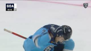 Milovzorov scores on breakaway