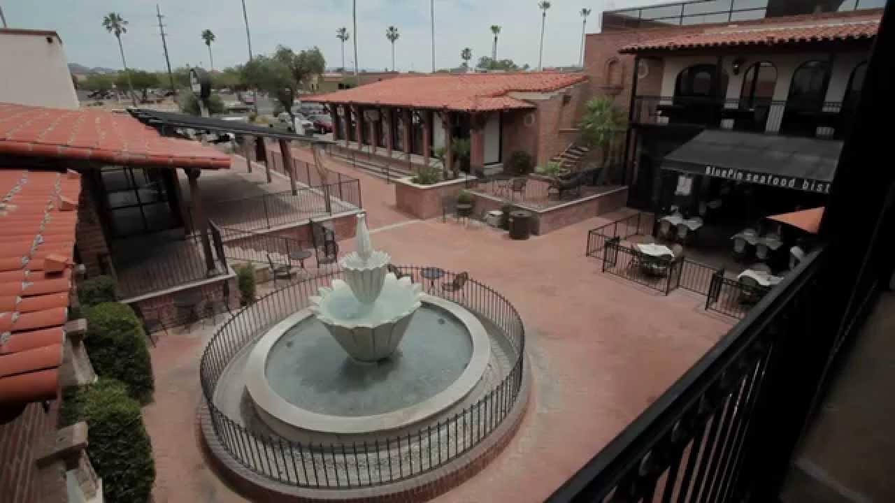 Casas Adobes Plaza