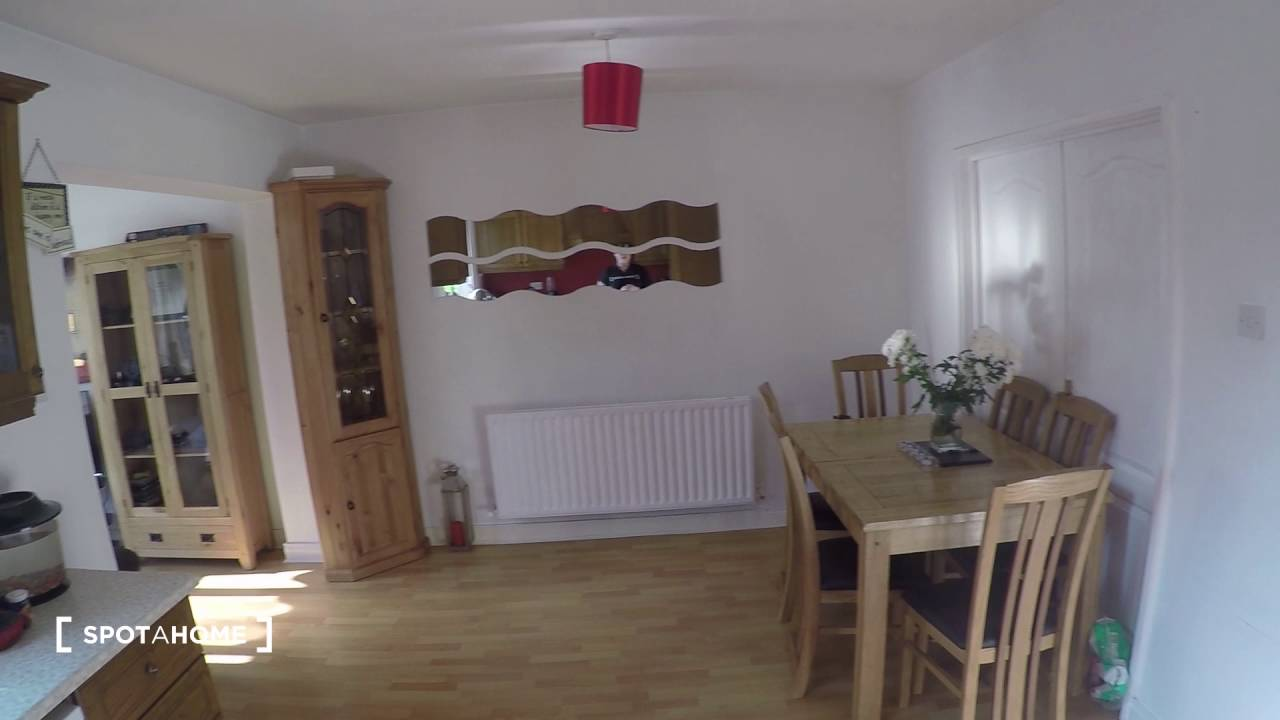 Room for rent in a 3-bedroom family house in Donaghmede