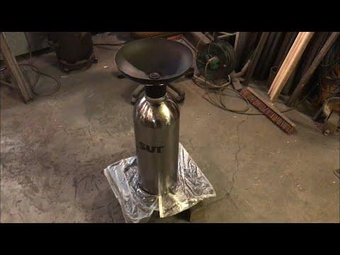 Standaschenbecher aus einer alten CO2 Flasche bauen ;)