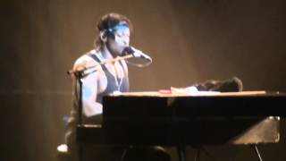 D'Angelo - Cruisin' - Higher - One Mo'gin - Untitled (How Does It Feel) - Zénith 2012