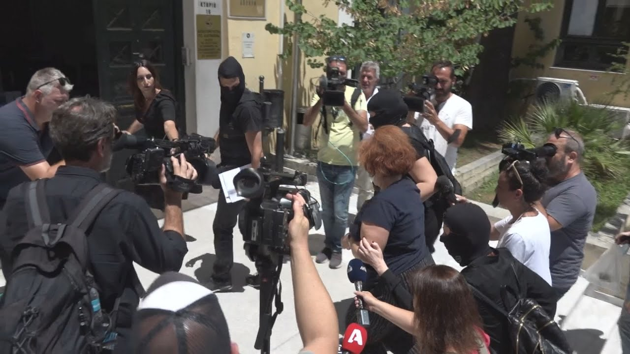 Η 52χρονη Ουκρανή στον Εισαγγελέα Πλημμελειοδικών Αθηνών