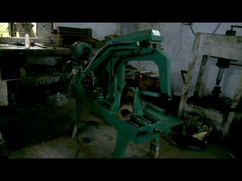 Power Hydraulic Hacksaw Machine