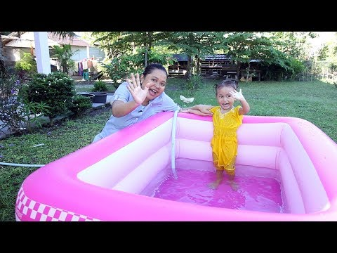Unboxing Kolam Renang Anak Balita Lucu Warna Pink - Kids Playing Swimming Pool