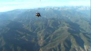preview picture of video 'Paracaidismo (Skydiving) en Santa Cilia de Jaca'