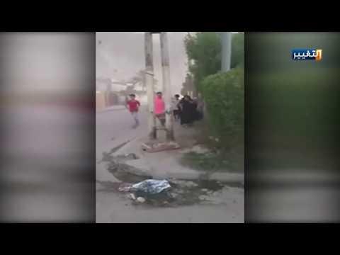 شاهد بالفيديو.. تطاير القذائف على الاحياء السكنية المحاذية لمعسكر