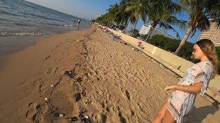 Таиланд. Жесть на пляже Амбасадора. Дети играют с мусором. Почему воняет море? Лучший Том Ям (4K)